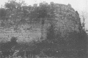 北碚蔡家群力村的新寨子古寨城墙