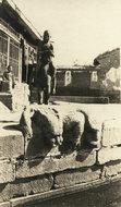 北京某河的看水兽石雕