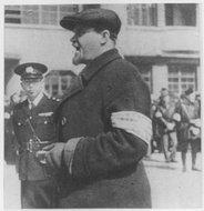 白俄侨民的防空自警团团长亚历基塞氏的训词