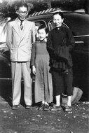 冰心夫妇与小女儿吴青在日本