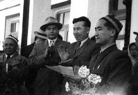 苏联文艺代表团再访喀什