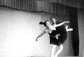 苏联代表团演员跳芭蕾舞