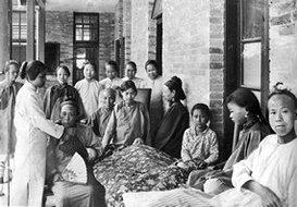 北京伦敦传道会医院的病人和护士