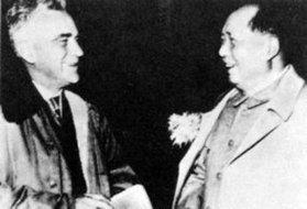 1960年毛泽东与斯诺在北京合影